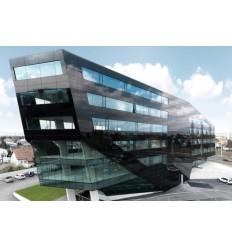 StoVerotec - ventiliuojamas tonuoto stiklo fasadas